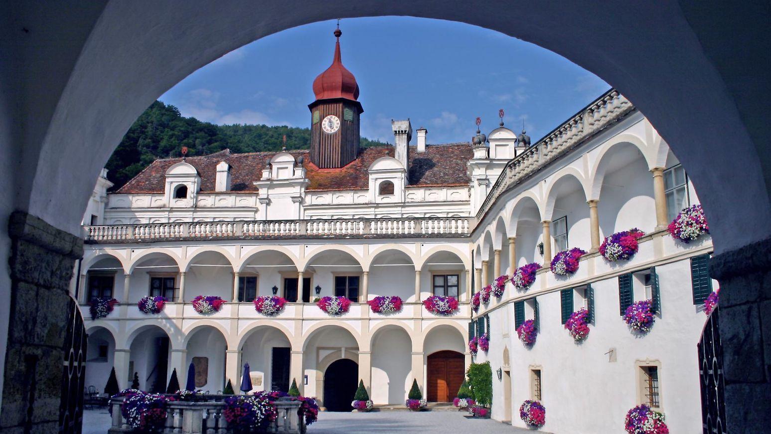 Herberstein Schloss Florentinerhof © F Herberstein